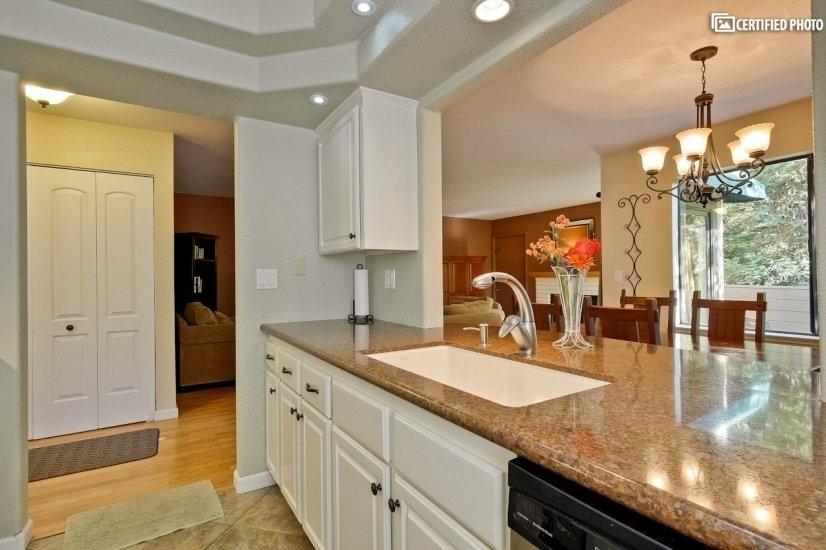 image 15 furnished 2 bedroom Townhouse for rent in Almaden, San Jose