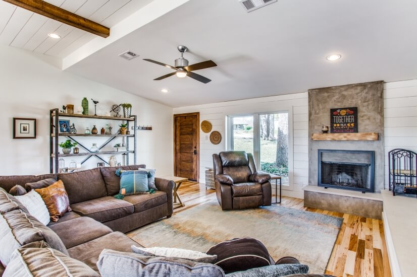 image 3 furnished 5 bedroom House for rent in Lake Dallas, Denton County