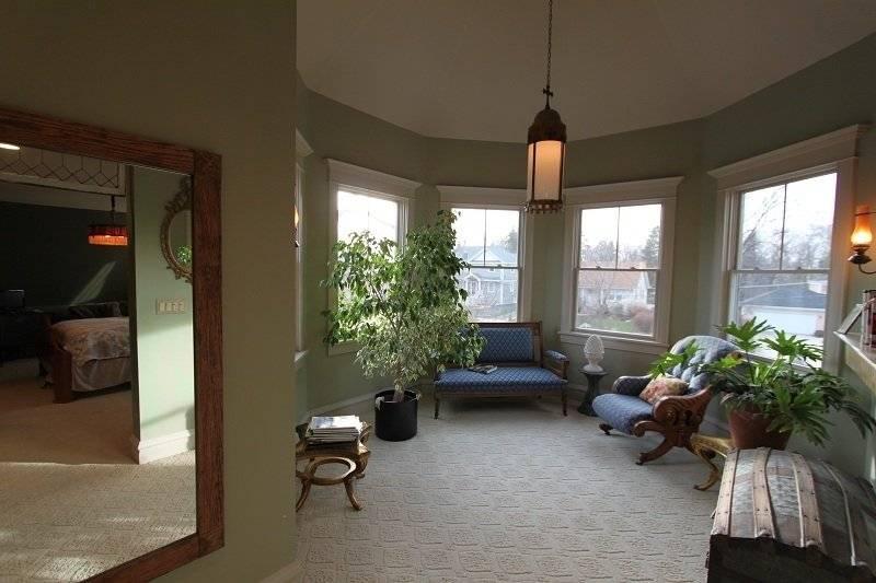 image 18 furnished 3 bedroom House for rent in Glen Ellyn, West Suburbs