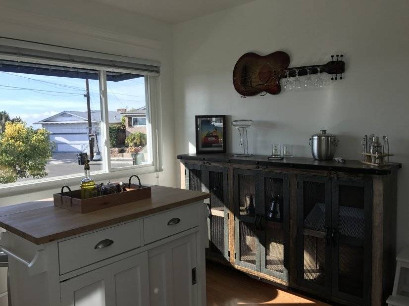 image 5 furnished 3 bedroom House for rent in Pacific Beach, Northern San Diego