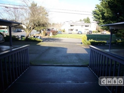 image 13 furnished 2 bedroom Townhouse for rent in Kirkland, Seattle Area