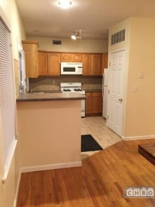 image 7 furnished 3 bedroom House for rent in Summit, Union County