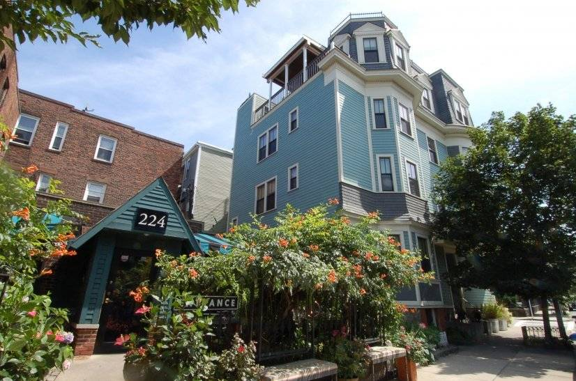 image 3 furnished 3 bedroom Apartment for rent in Dorchester, Boston Area