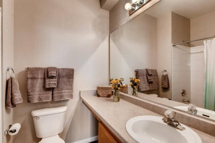 image 18 furnished 3 bedroom Townhouse for rent in Centennial, Arapahoe County