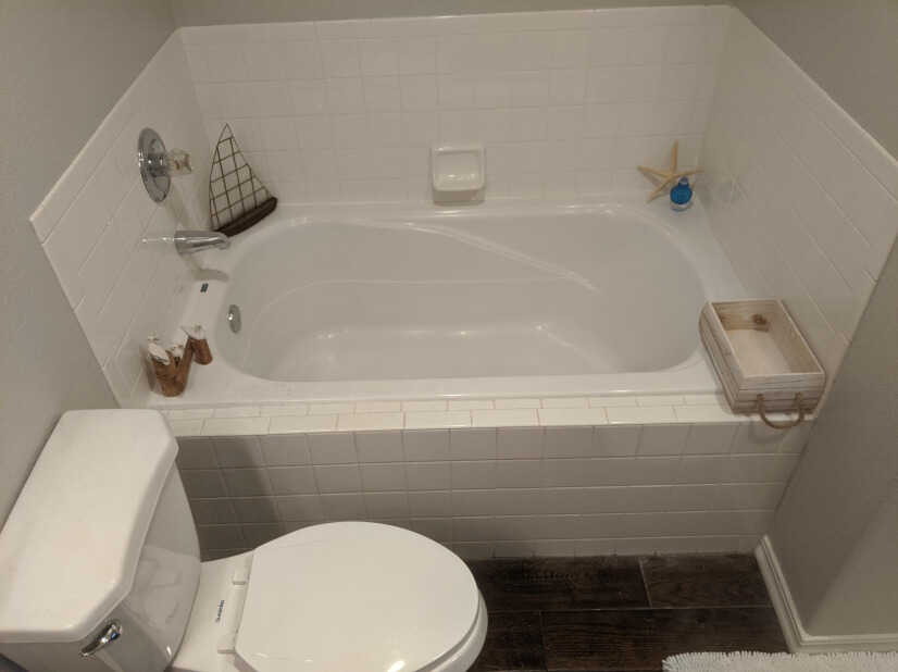Upstairs main bathtub, shower is to the right