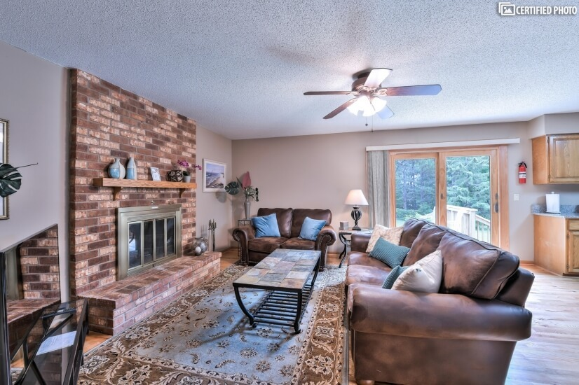image 3 furnished 4 bedroom House for rent in Woodbury, Twin Cities Area