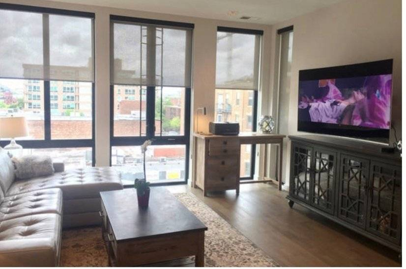 Fully furnished monthly condo in DC