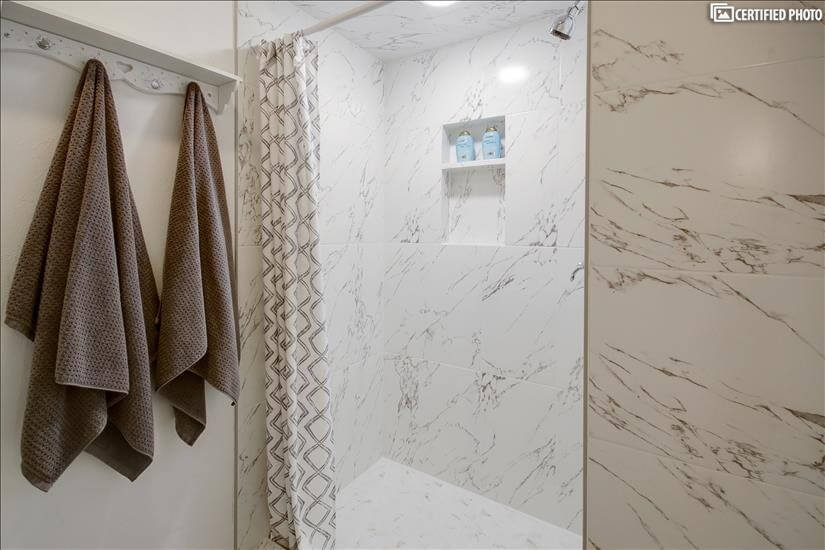 MB 3 (shower)