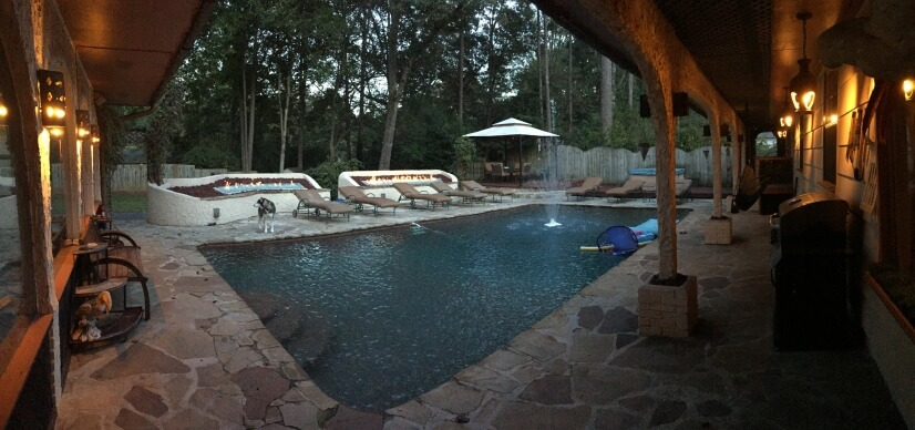 Private backyard / Pool / Hot tub / cabana / fire pits