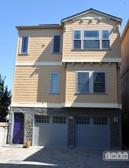 image 2 furnished 3 bedroom House for rent in Pleasanton, Alameda County