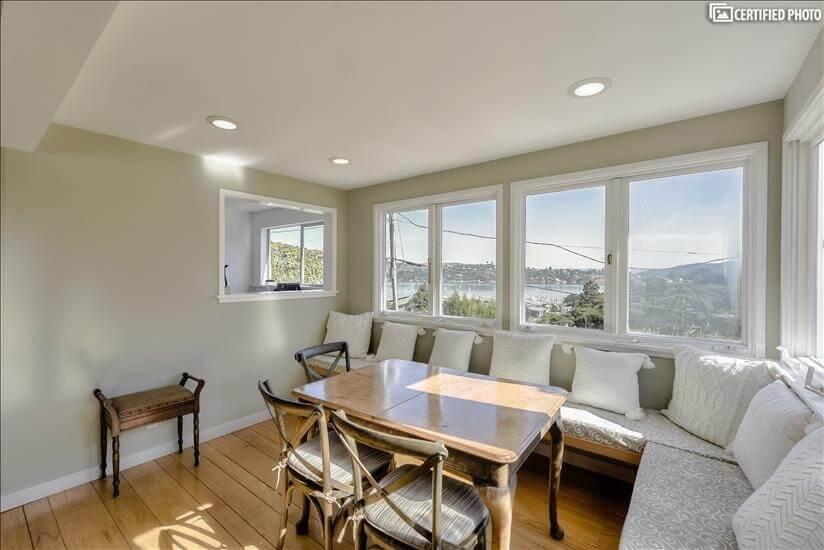Breakfast nook with Harbor View