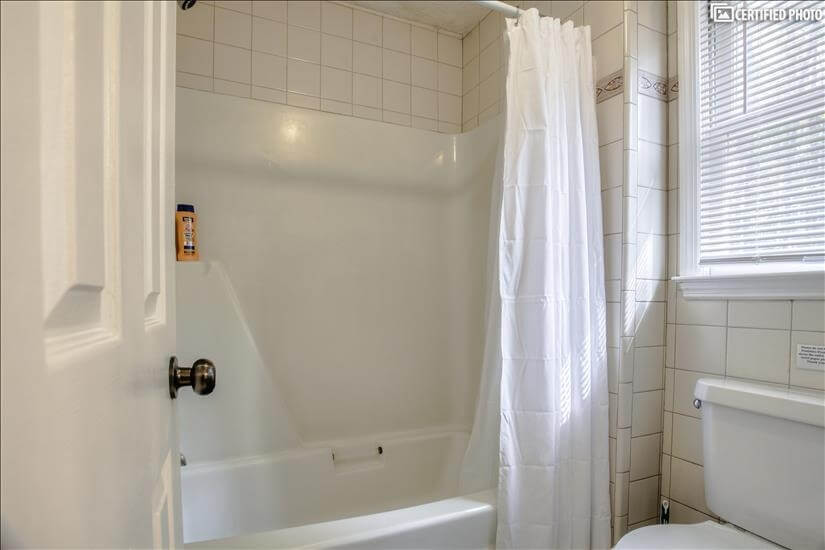 Shower and toliet area for Master on Main.