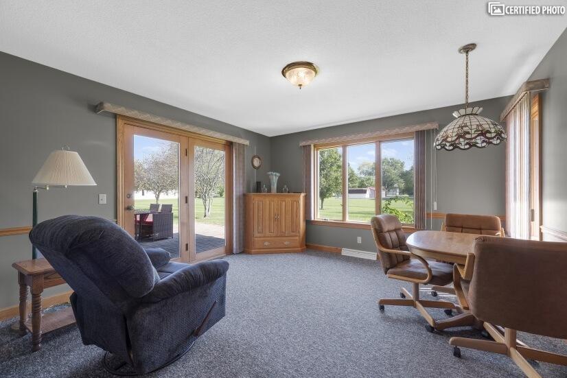 Kitchenette Sitting Room