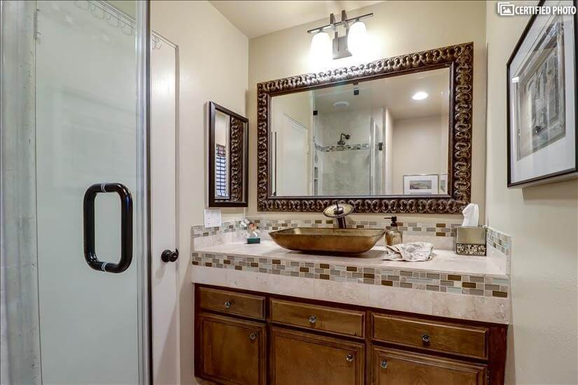 Downstairs Powder room/bathroom with shower