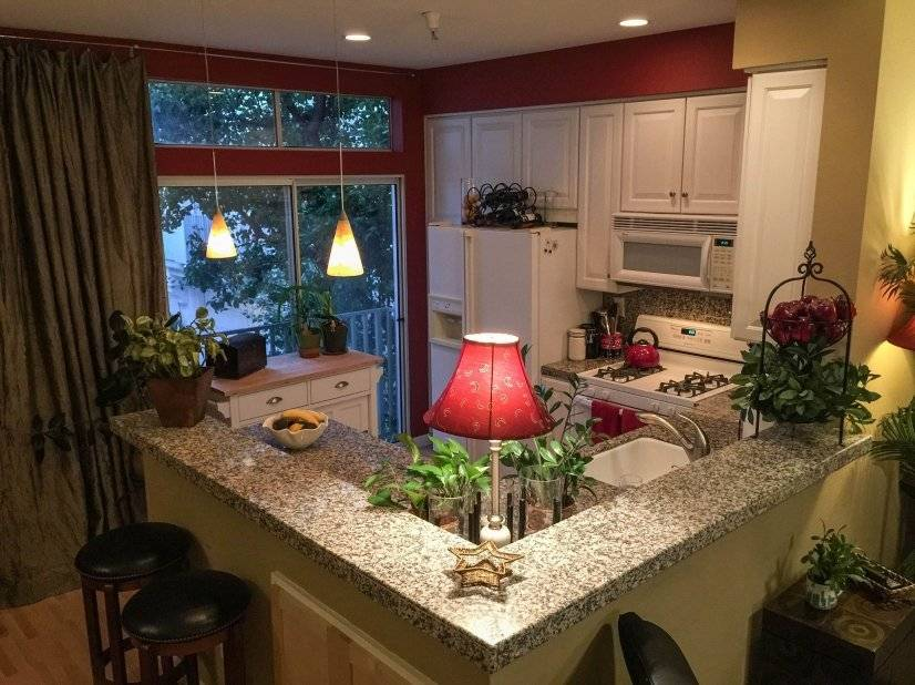 image 2 furnished 3 bedroom Townhouse for rent in Mountain View, San Mateo (Peninsula)