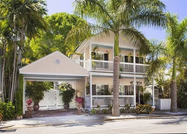 image 2 furnished 4 bedroom House for rent in West Palm Beach, Ft Lauderdale Area