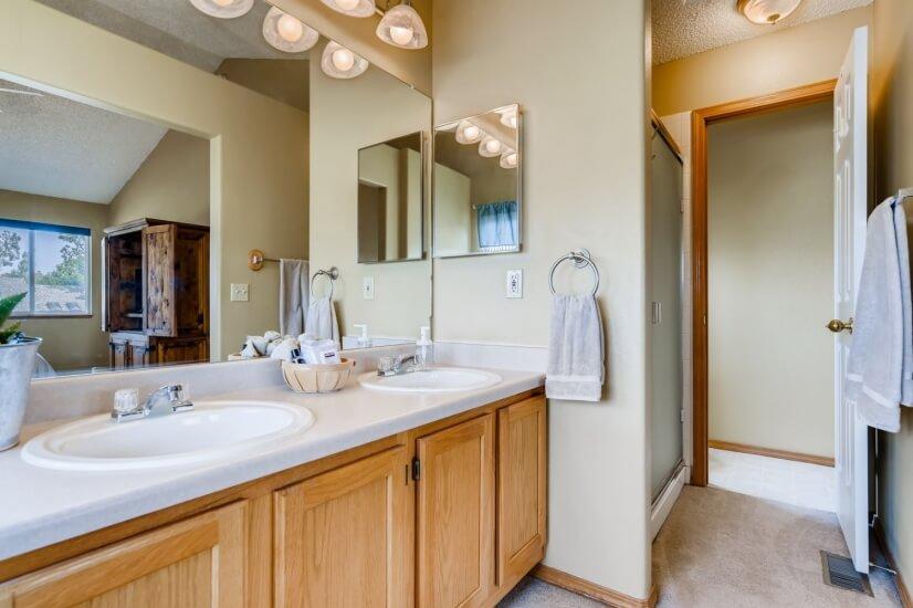 Master Five piece bathroom