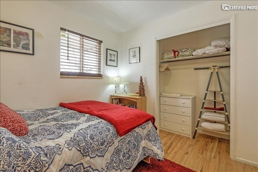 image 15 furnished 2 bedroom Apartment for rent in Park Hill, Denver East