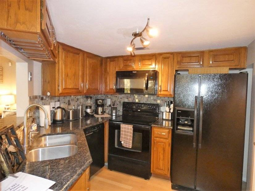 image 4 furnished 1 bedroom Townhouse for rent in Lower Greenville, Dallas