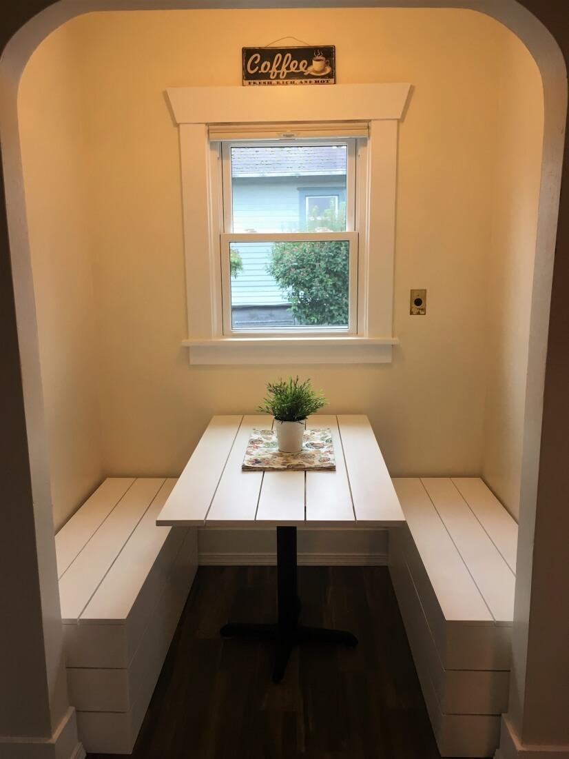 Quaint kitchen nook