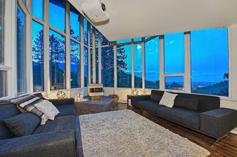 image 8 furnished 3 bedroom House for rent in Seven Hills, Aurora