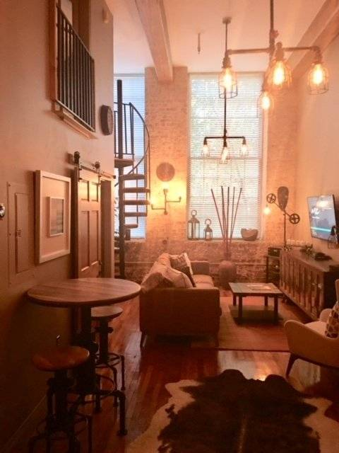 image 3 furnished 1 bedroom Townhouse for rent in Garden District, New Orleans Area