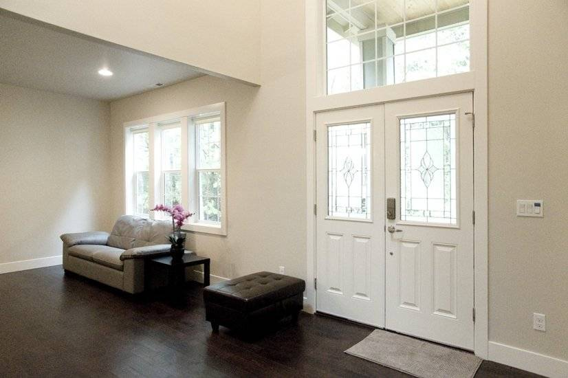 image 2 furnished 5 bedroom House for rent in Sammamish, Seattle Area