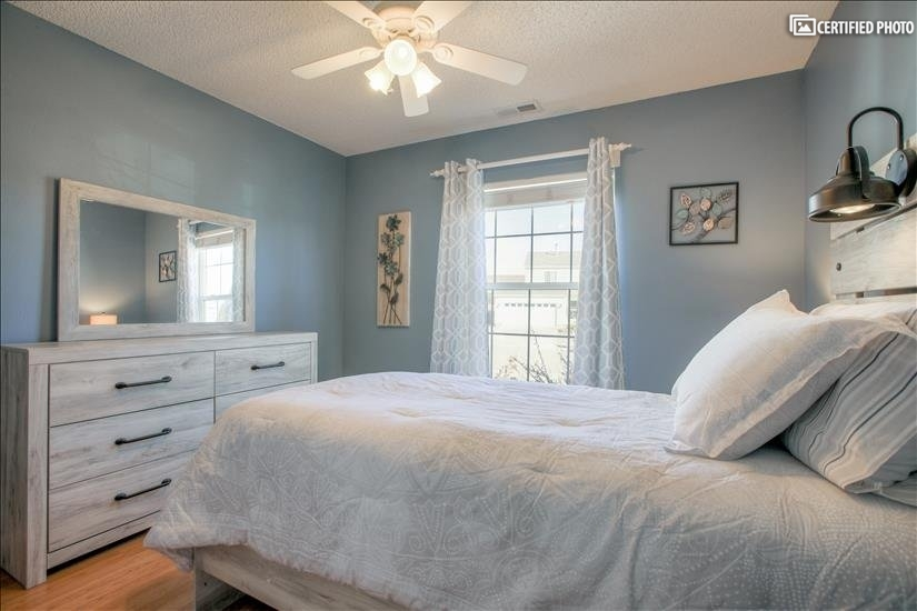 2nd bedroom extra-long twin pillowtop mattress