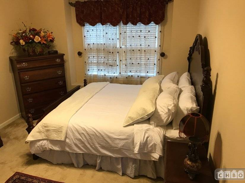 image 9 furnished 4 bedroom House for rent in Sandy Springs, Fulton County