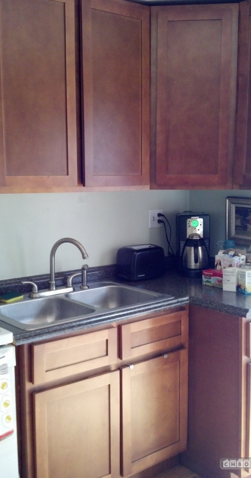 newly renovated Kitchen - enjoy coffee at home