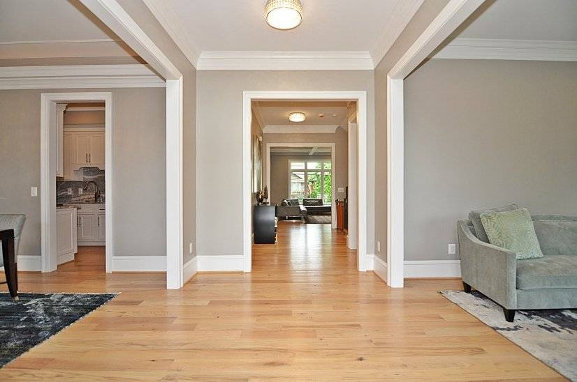 image 2 furnished 5 bedroom House for rent in Arlington, DC Metro