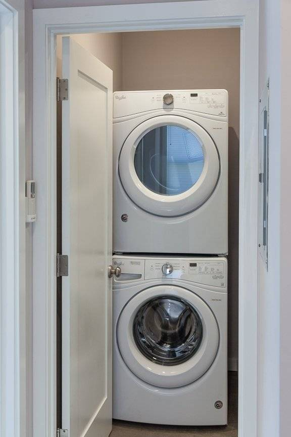 Full-size, in unit Washer & Dryer