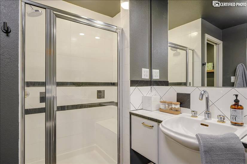 Standalone Shower for refreshment and rejuvenation