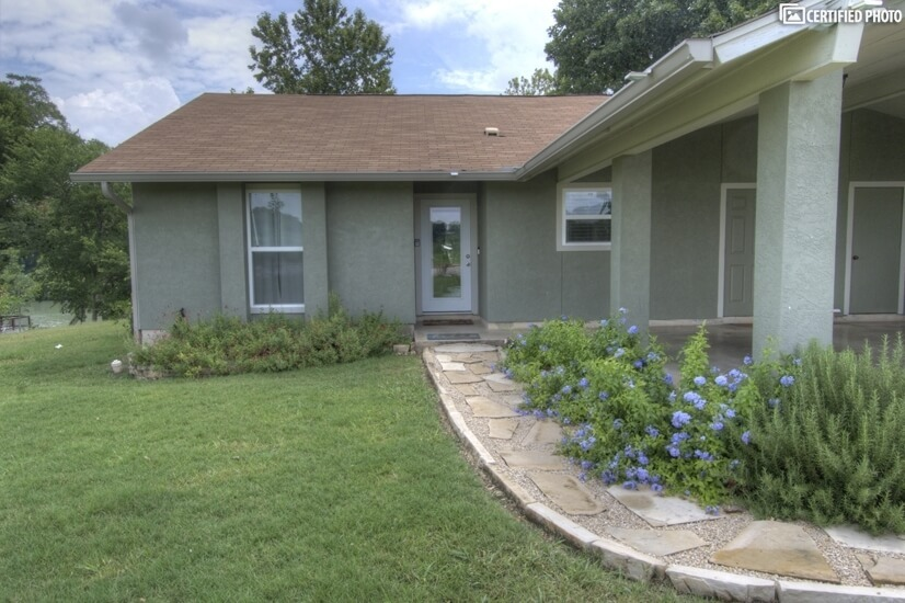 image 4 furnished 2 bedroom Townhouse for rent in Seguin, North Central TX