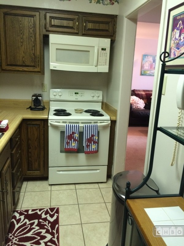 Galley Kitchen with all housewares