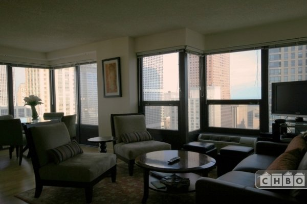 image 2 furnished 2 bedroom Townhouse for rent in Loop, Downtown
