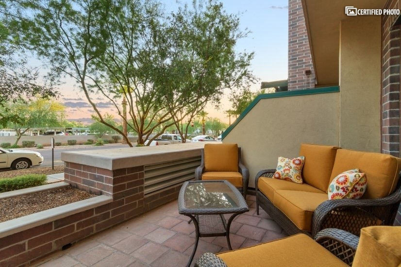 image 2 furnished 2 bedroom Townhouse for rent in Phoenix Central, Phoenix Area