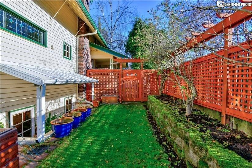 Side yard with privacy fence
