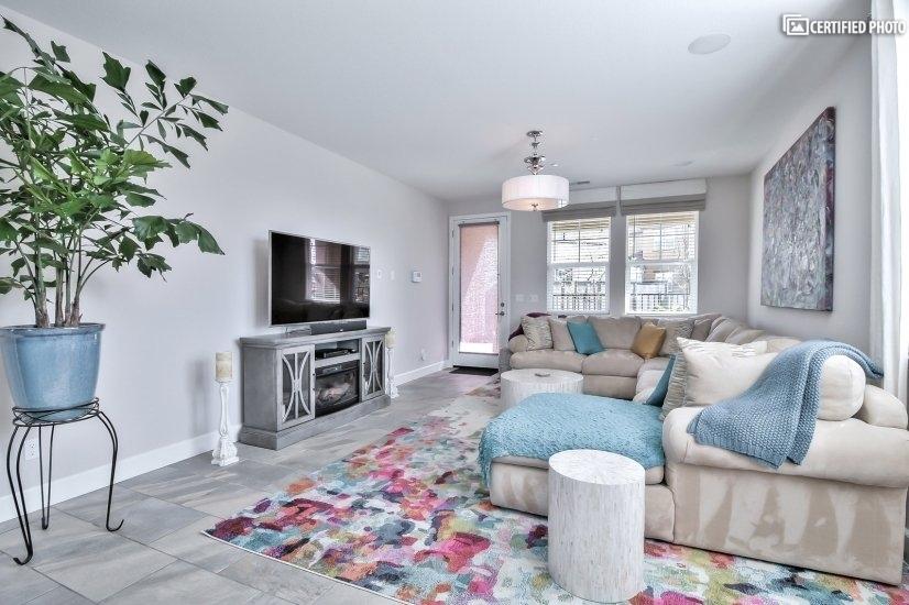 image 6 furnished 4 bedroom House for rent in Roseville, Sacramento - Stockton