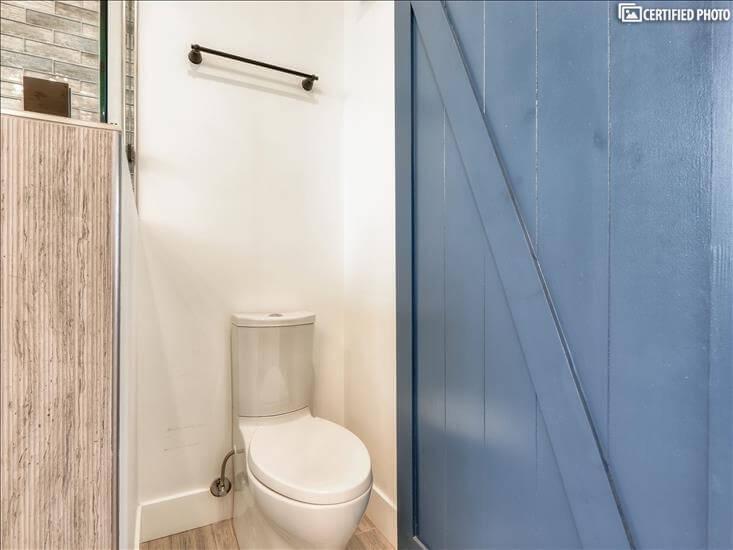Master Bath 1 Toilet