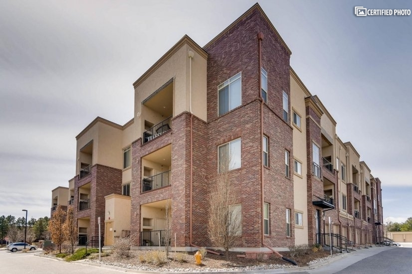 image 2 furnished 2 bedroom Townhouse for rent in Centennial, Arapahoe County