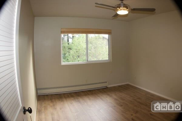 image 2 unfurnished 2 bedroom Apartment for rent in Healdsburg, Sonoma County