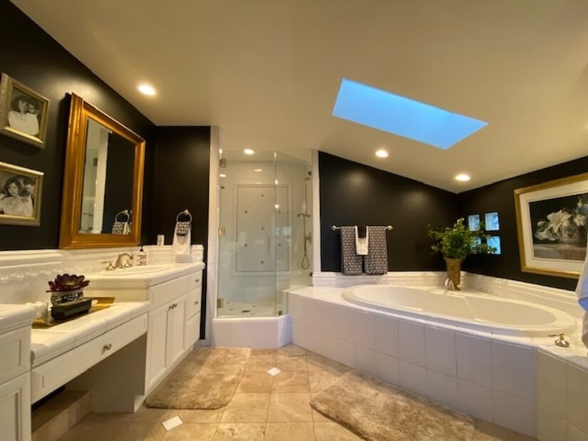 Private ensuite master bath