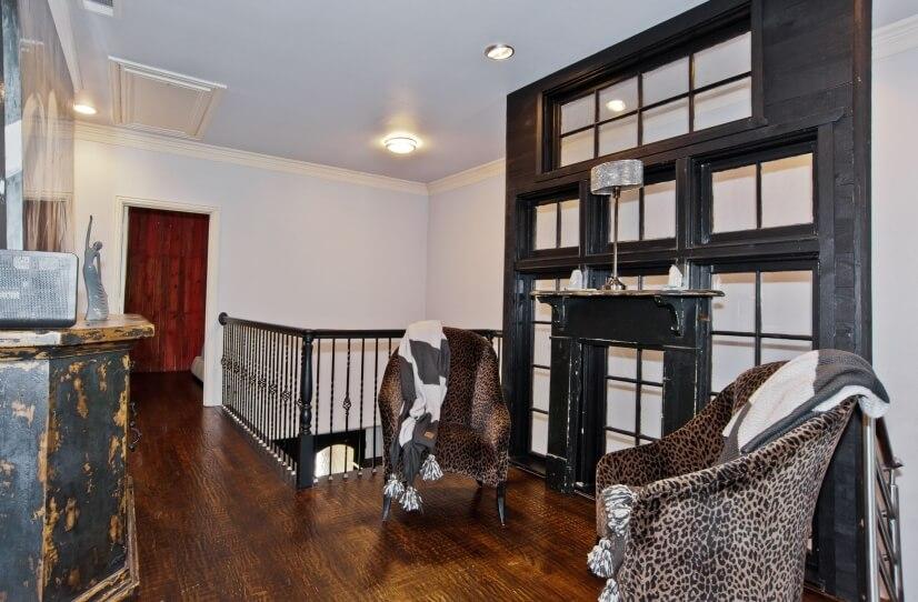 2nd Floor Loft With Sm Closet/Window Panel/Lg Drawer Chest