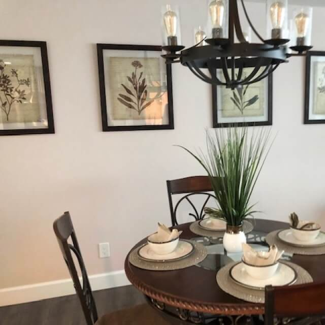 Art and table decor reflect the elegance