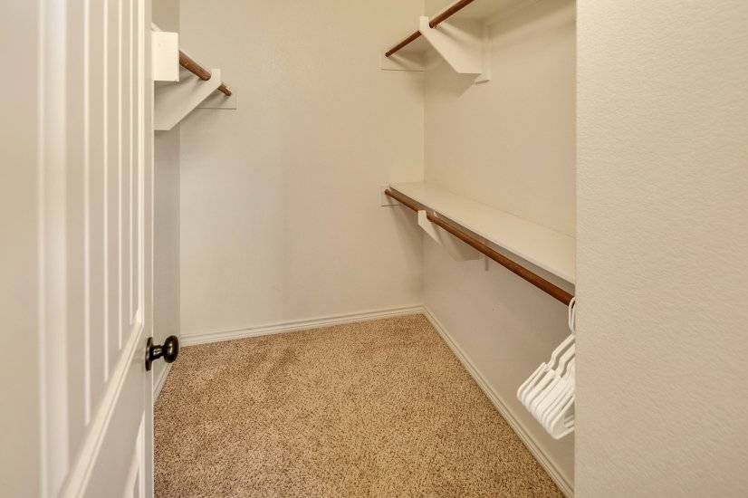 image 17 furnished 4 bedroom Townhouse for rent in College Station, North Central TX