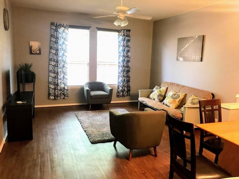 image 3 furnished 3 bedroom Townhouse for rent in Grand Prairie, Ellis County