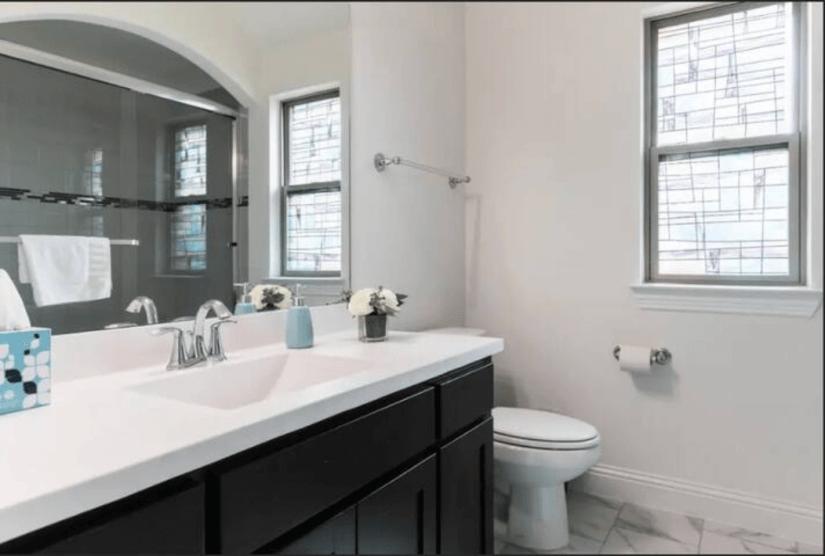 Bath room 3 upstairs