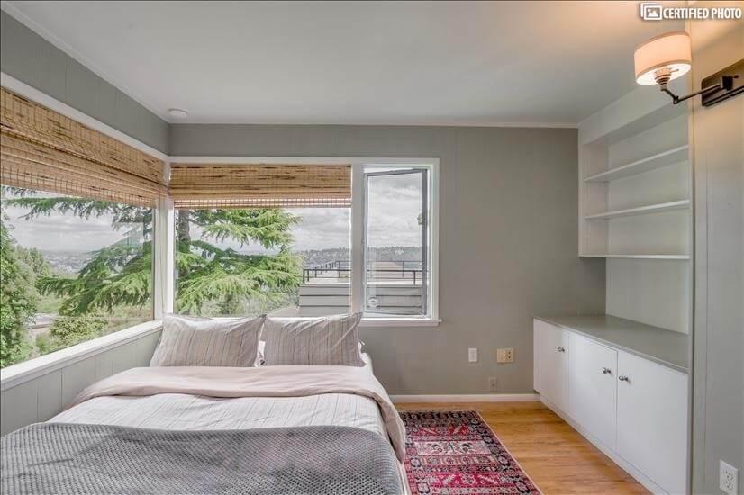 Desk in the front bedroom