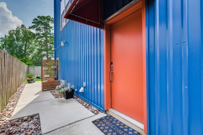image 2 furnished 2 bedroom Townhouse for rent in Midtown, Inner Loop